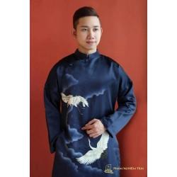 Trang phục áo dài nam - Phạm Nghiêm Trai